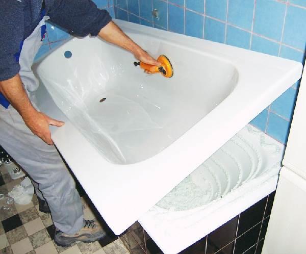 Вкладыш в ваннуВиды-цена-установка-плюсы-и-минусы-вкладыша-в-ванну-1