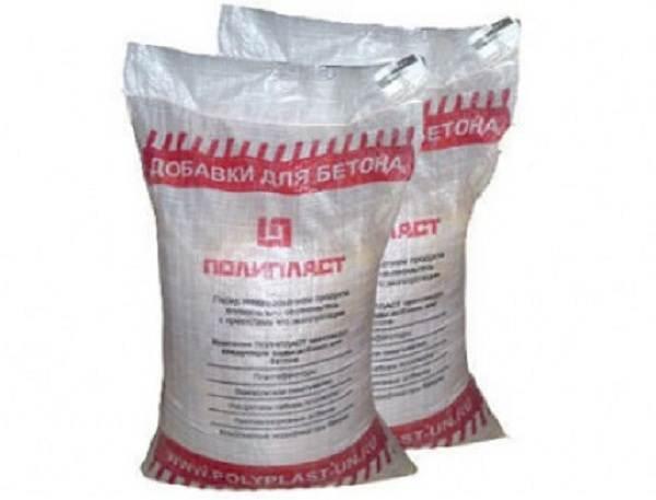 Пластификатор-для-бетона-Виды-применение-характеристики-и-цена-пластификаторов-для-бетона-4