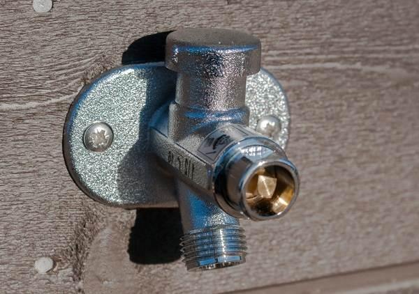 Незамерзающий-кран-для-воды-Описание-особенности-плюсы-и-минусы-3